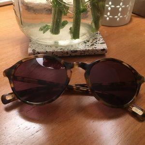 Light Tortoise Marc Jacobs Sunglasses